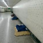 台中駅前地下通路のホームレスから見えてくる現在の台湾社会