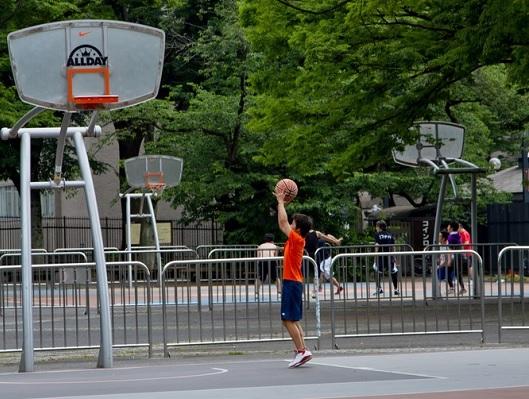 child_baseketball