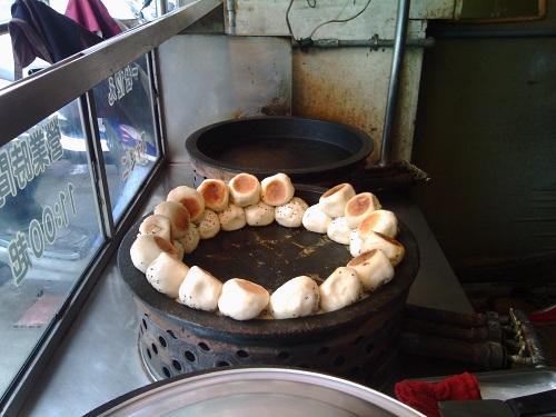 水煎包(焼き肉まん)のお店